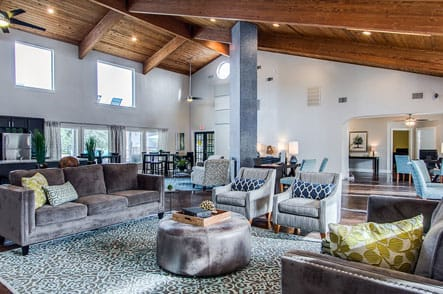 Spacious open floor plan that feels very cozy