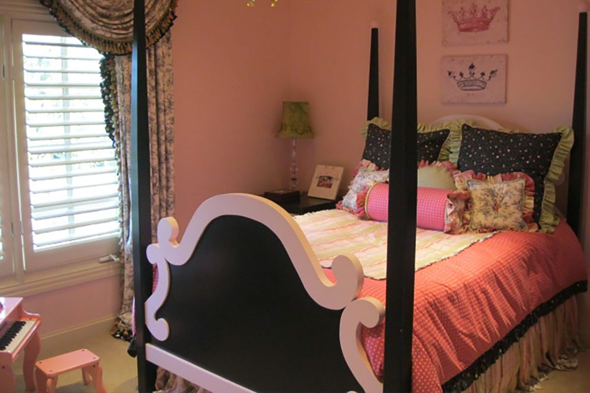 Tulip-Guest-Bedroom-A-BEFORE-min